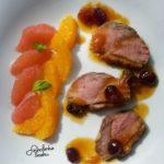 Pierś z kaczki w sosie pomarańczowo-żurawinowym