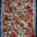 Szybka pizza na cieście francuskim