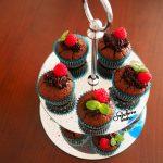 Muffinki kakaowe z powidłami śliwkowymi